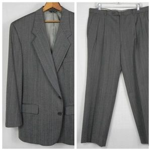 Givenchy | Vintage Grey Classic Suit 42S 38S
